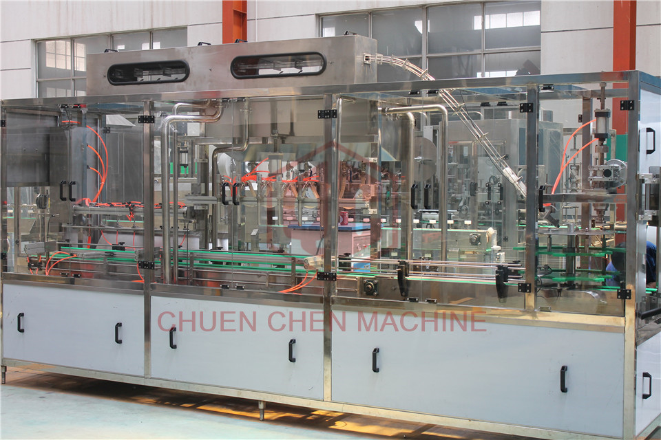 4.8kw RCGF18-18-6 3000BPH Plastic Bottle Filling Machine
